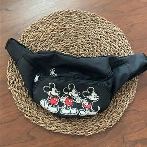 Disney Mickie Mouse Fanny Pack